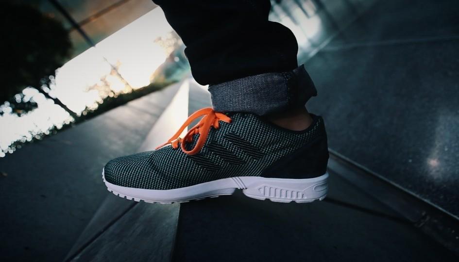 zx flux adidas video