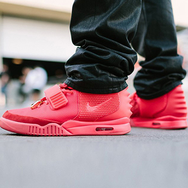 "d28453f1232b8 ""Red October"" Nike Air Yeezy 2s Available for US 10"