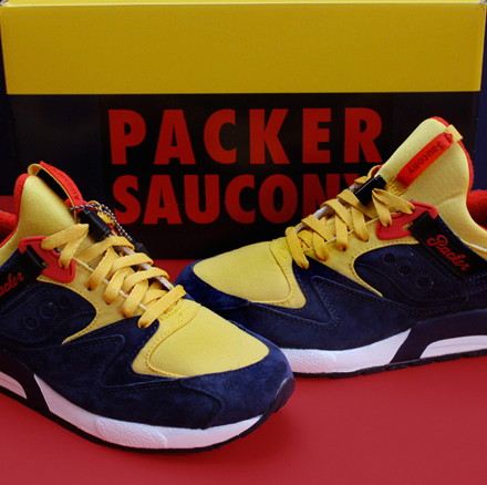 e07bc8c12286 The Packer Shoes x Just Blaze x Saucony  Snow Beach  sneaker pays tribute  to the iconic Polo parka