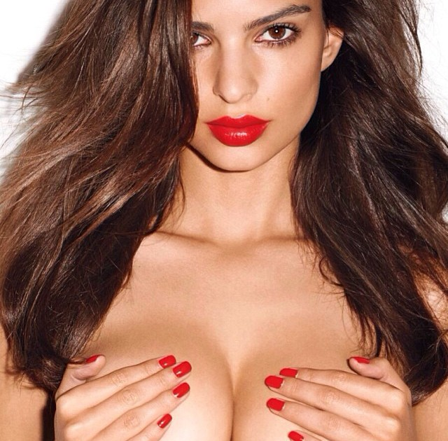 Emily Ratajkowski Hacked Photo