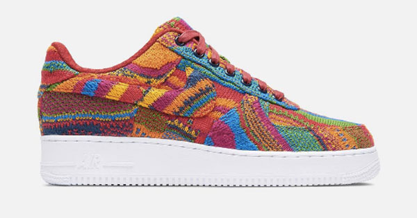 free shipping e6987 80adc Get that Biggie Smalls aesthetic with the COOGI x PUMA Clyde ...