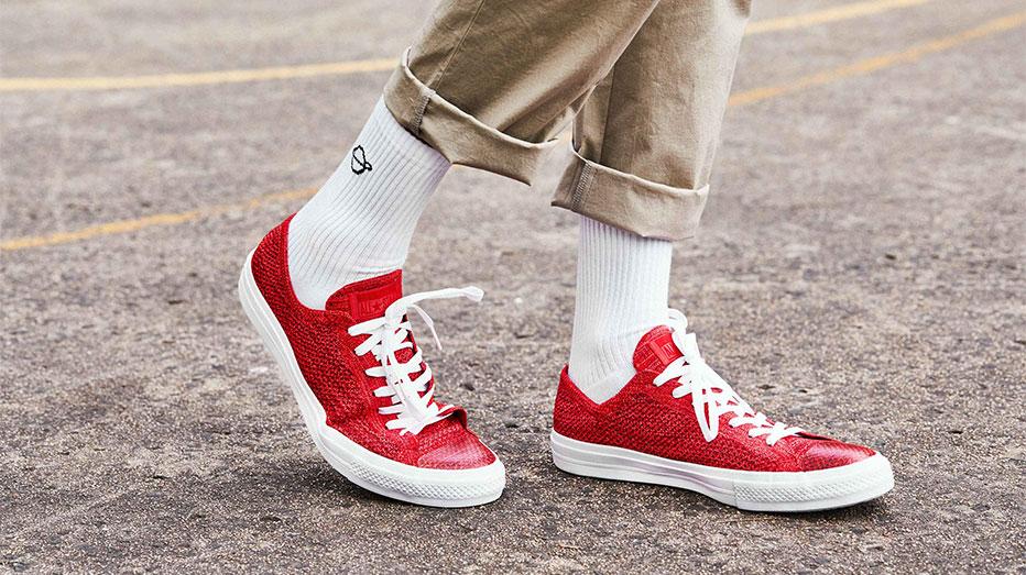 Footnotes  A fresh drop of sneaker news — Acclaim Magazine 08aaf87e5